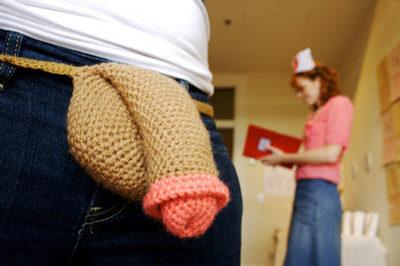 crocheted-penis-15278-1254400545-2.jpg
