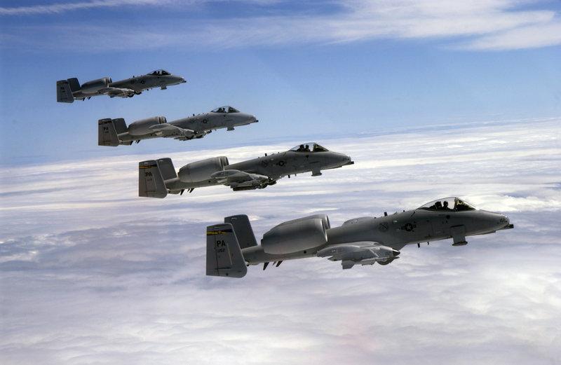 800px-Thunderbolt_-_Formation.jpg