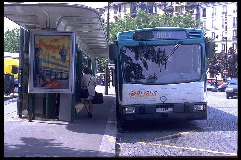 orlybus.jpg