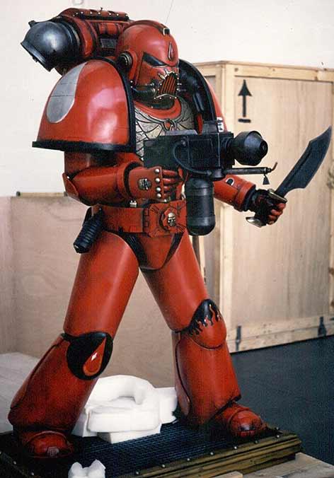 warhammer-statue-2.jpg