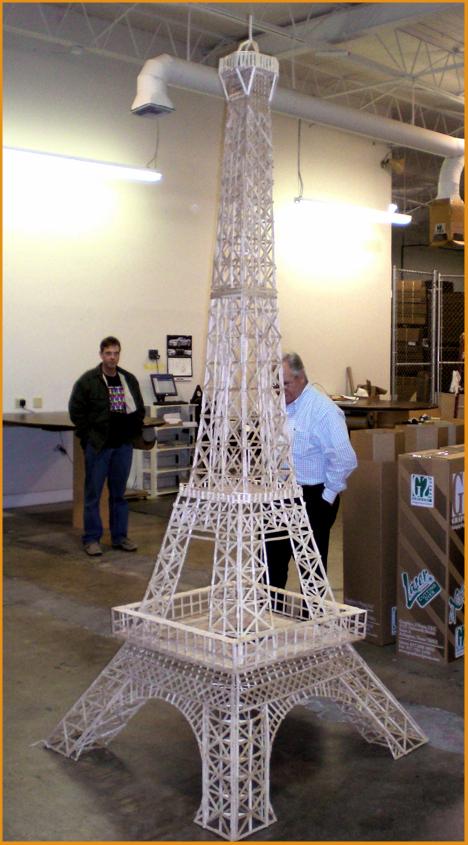 5 000 Popsicle Stick Eiffel Tower Myconfinedspace