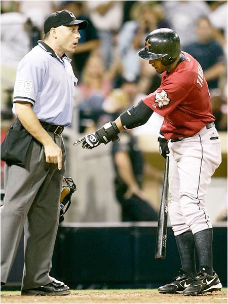 baseball-pointing-at-dick.jpg