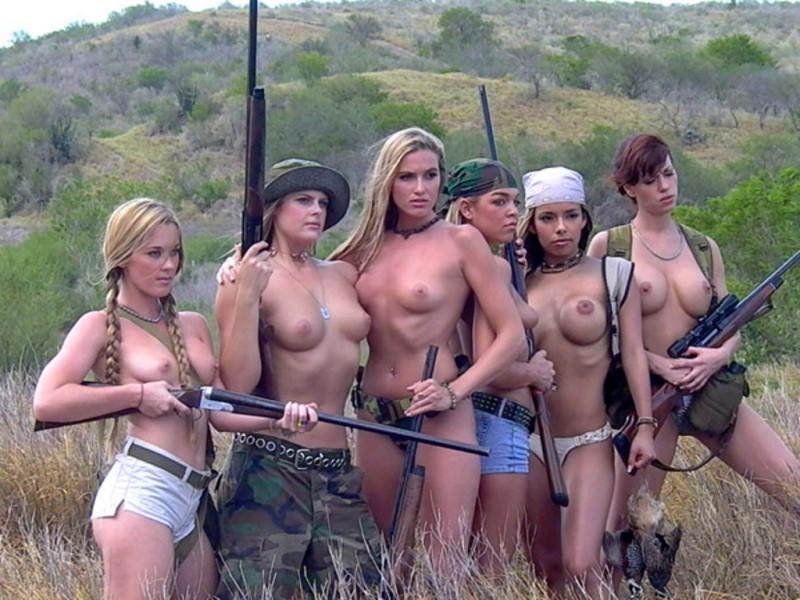 topless-girls-rifles.jpg