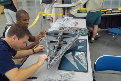 lego-star-destroyer-build-station.jpg