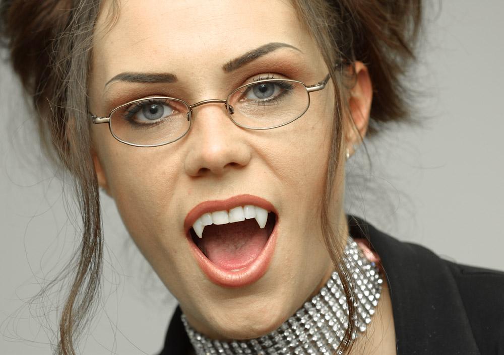 sexy vampire girl porn