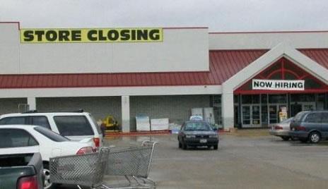 store-closing-now-hiring.jpg