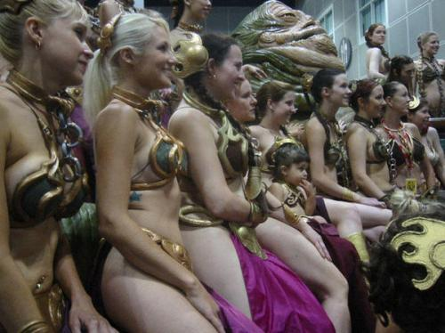 515645459 e57cd882d0 o.thumbnail Leia Cosplayers  Sexy Movies