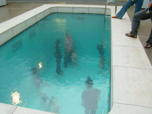 baseyn 001 31.thumbnail People Are Underwater! wtf Visual Tricks
