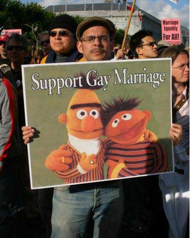 gay-muppets.jpg