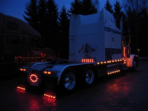 Lighted Semi