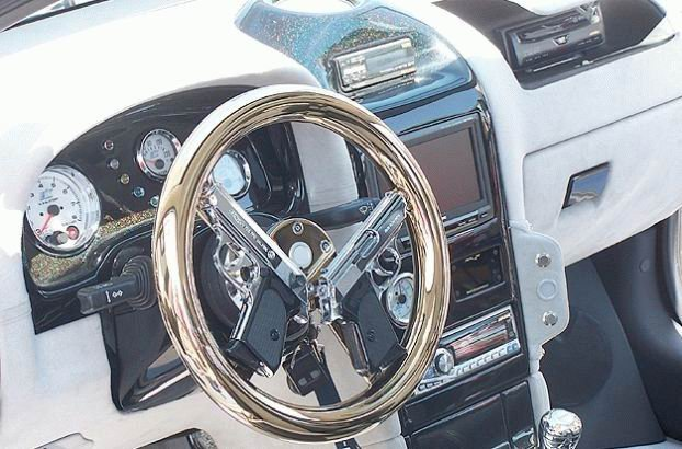 twin-pistol-steering-wheel.jpg