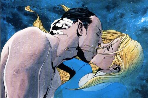 namor-kissing-invisible-woman.jpg