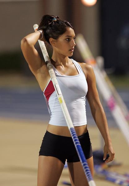 154gm8w1004 Pole Vaulter Sexy