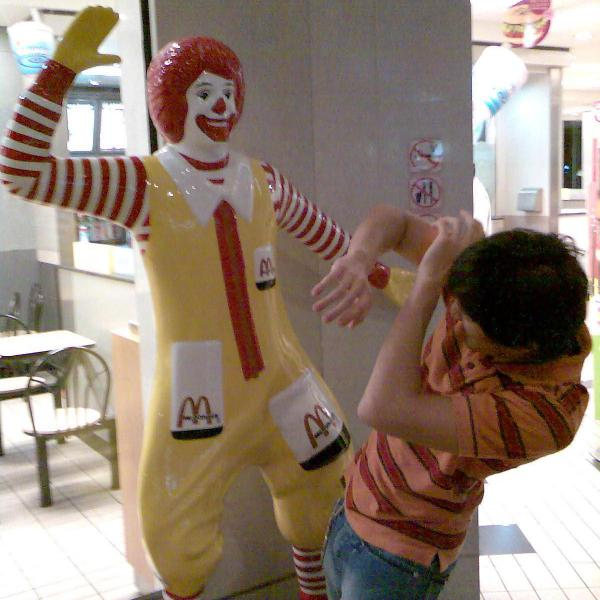 abusive ronald mcdonald.thumbnail Abusive Ronald McDonald wtf Dark Humor