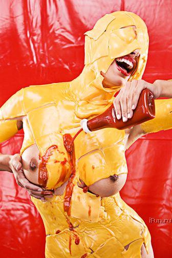 Cheese & Ketchup Girl