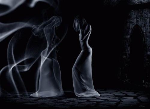 mirror-of-smoke.jpg