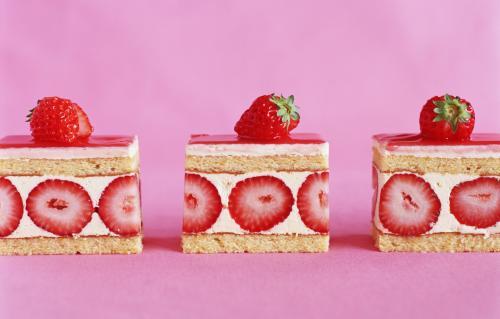 strawberry-cake
