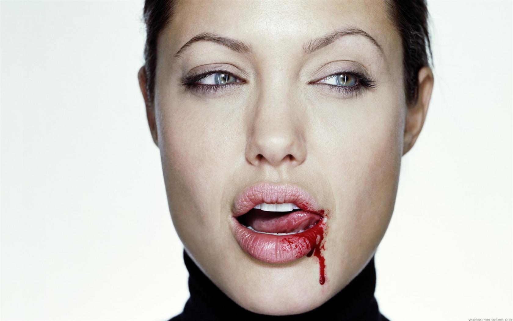 Bloody Lips bloody-lip - My...