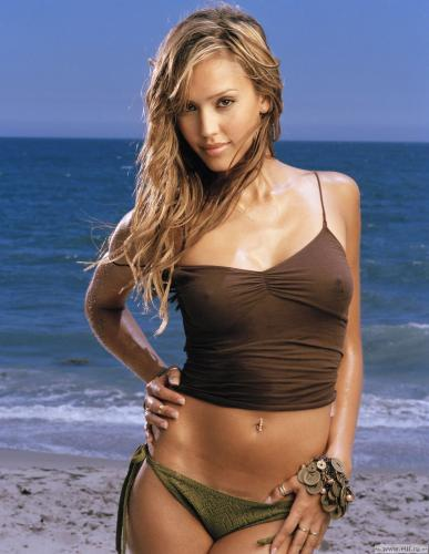 jessica-alba-brown-top-2