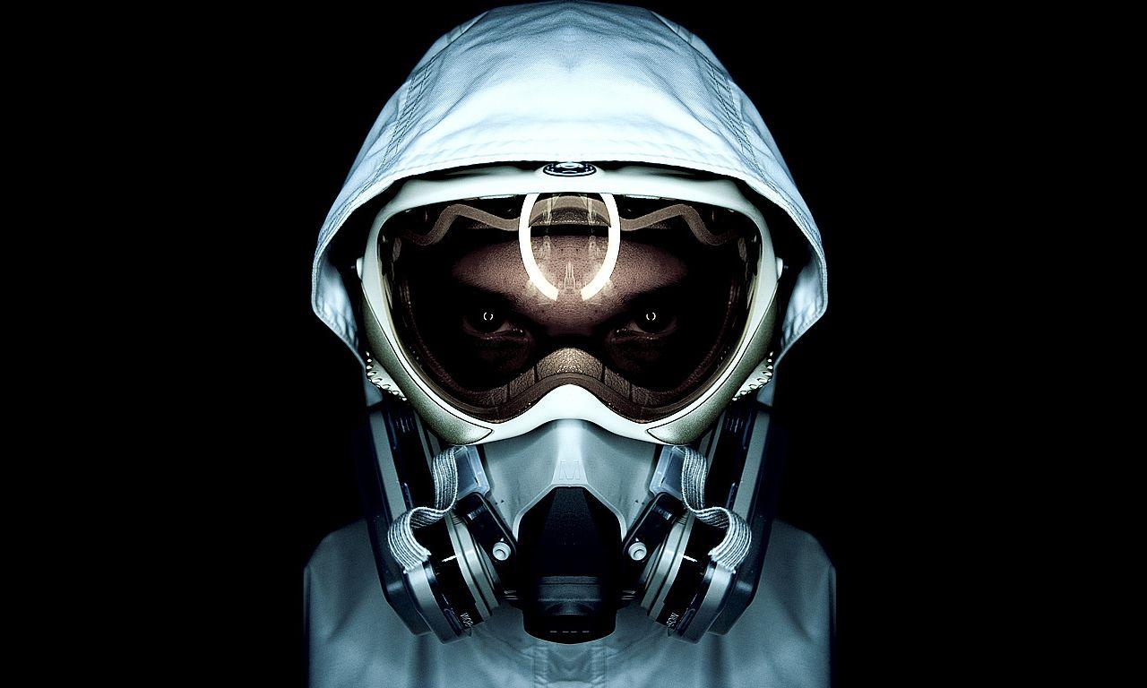 gas-mask-dude.jpg