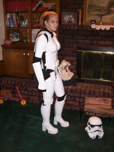 stormtrooper-girl.jpg