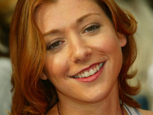 hannigan.thumbnail alyson hannigans beautiful smile Sexy