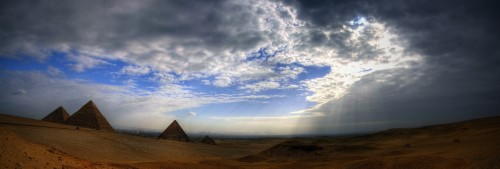 egyptian pyramids wallpaper 500x169 Pyramid Sun Rays Wallpaper