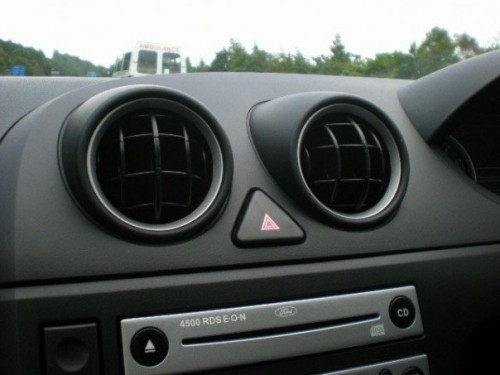 happy stereo