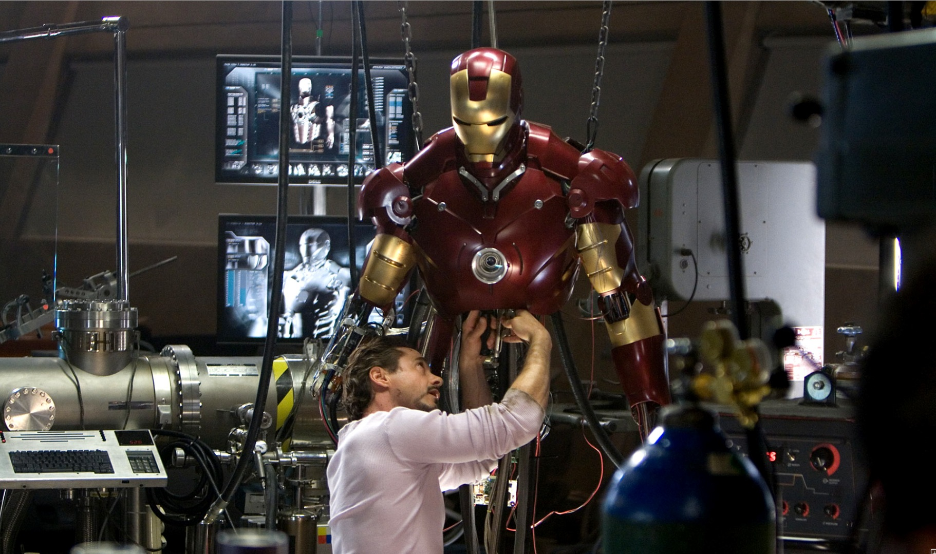 how to build a working iron man suit