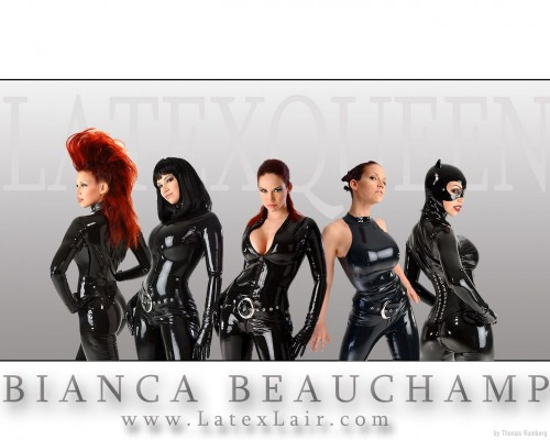 biana beauchamp - latex queen