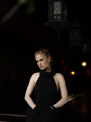 Anna Paquin - Blonde