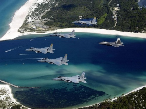 fighters in formation 500x375 Fighters in formation Wallpaper Military