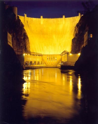 Hoover Damn lit at night
