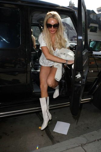 082 - Lindsay Lohan