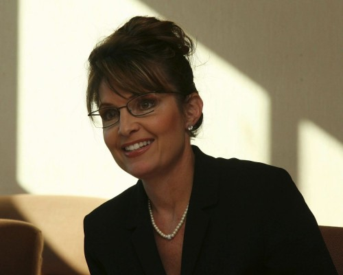 palin leans to the left 500x400 Palin Leans to the left Sexy Politics