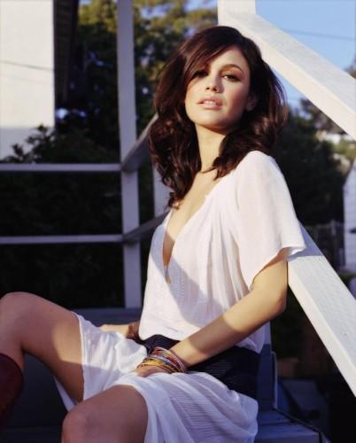 Rachel Bilson - white shirt 1