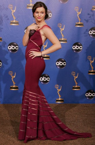 Amber Tamblyn - Emmy 2004 press area 02