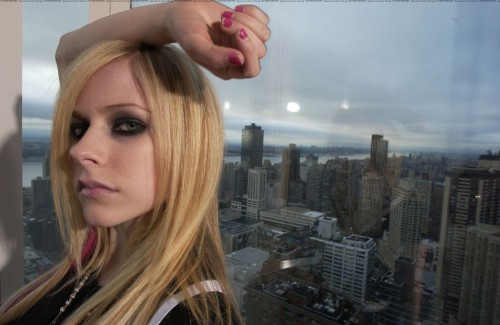 Avril Lavigne Over The Great City