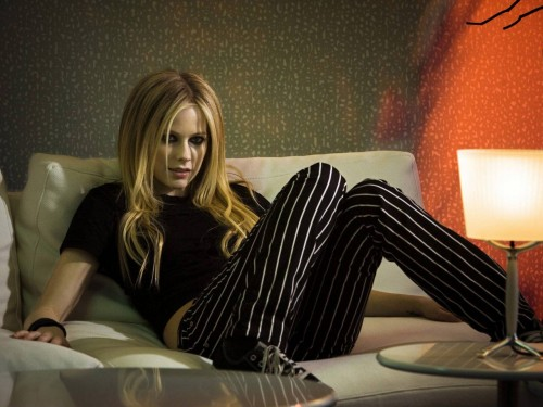 Avril Lavigne Wears Striped Pants