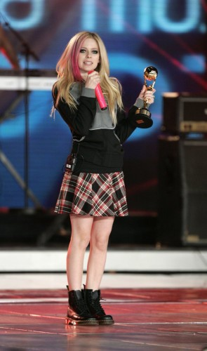 Avril Lavigne Wins The World