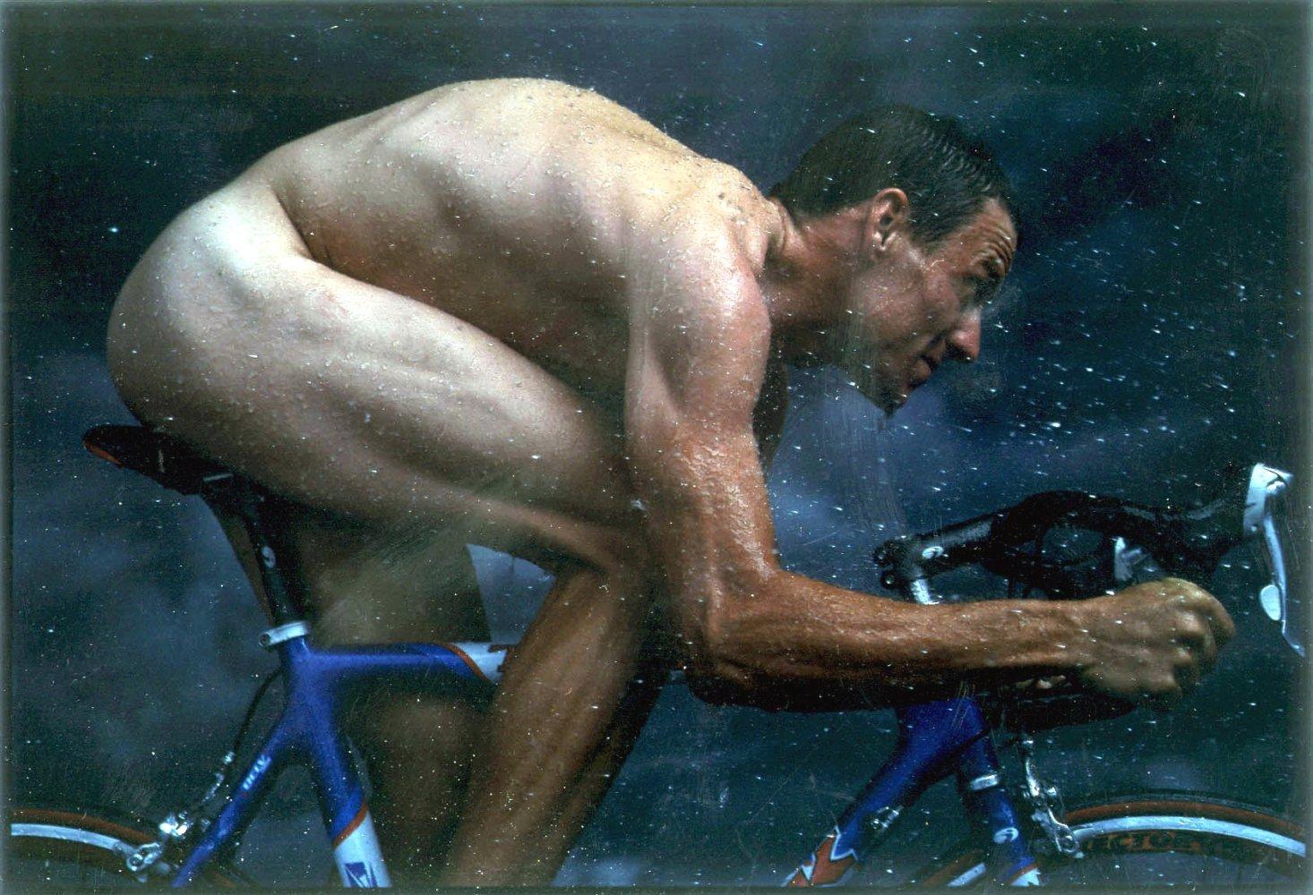NSFW – Nude Biker