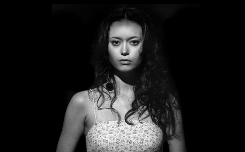 Summer Glau - Black and White