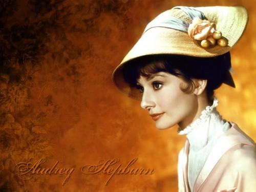 Audrey Hepburn - Nice Hat