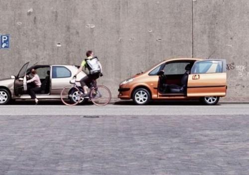 wtf car door vs bike rider