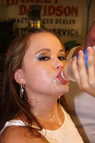 kacey starr enjoys water