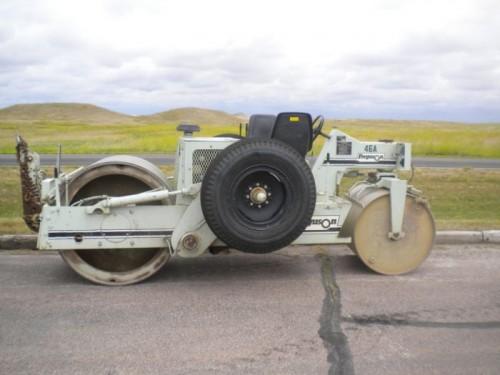 side wheel on roller machine