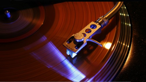 widescreen record player 500x281 widescreen record player Wallpaper Music