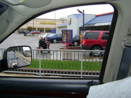 fat1 500x375 Fatty Lunch at the Drive Through wtf Sad :(