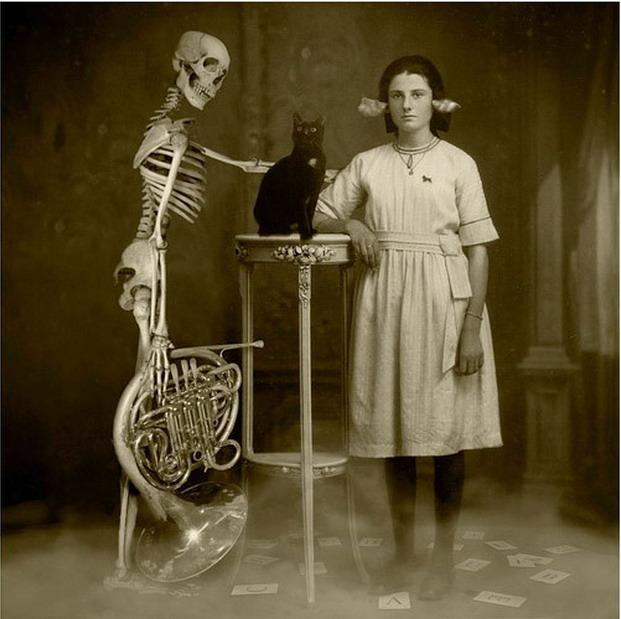 Alice's last Ouija game.