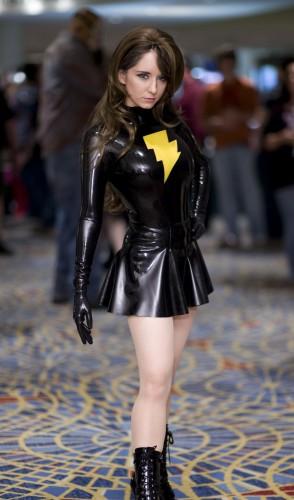 marvel girl cosplayer